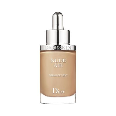 Base Líquida Diorskin Nude Air Foundation... 030 Medium Beige_